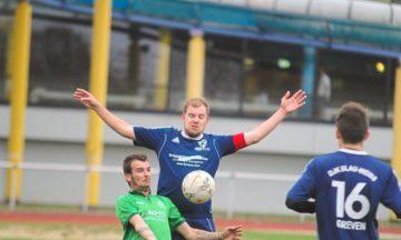 Fußball: Schmeichelhaftes 3:3 gegen Schlusslicht