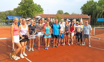 Tennis: Erst fighten – dann feiern